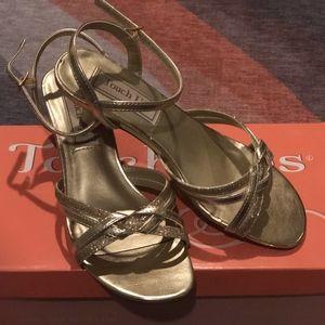 Gold dress sandals size 5M